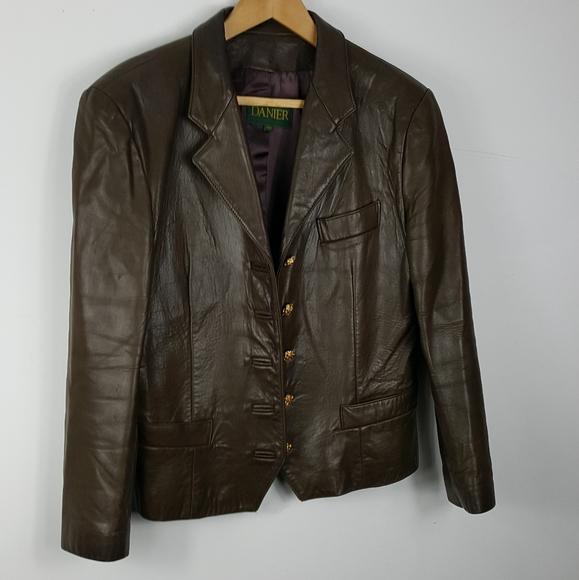 Danier Jackets & Blazers - Danier women's blazer